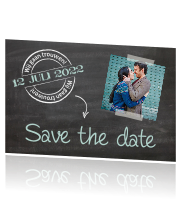 Design save the date met schoolbord en stempels