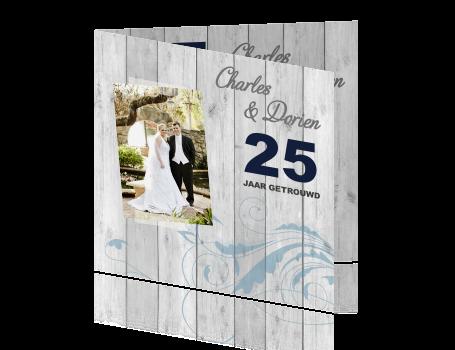 25 jaar getrouwd kaart maken Uitnodigingskaart huwelijksjubileum 25 jaar met hout 25 jaar getrouwd kaart maken