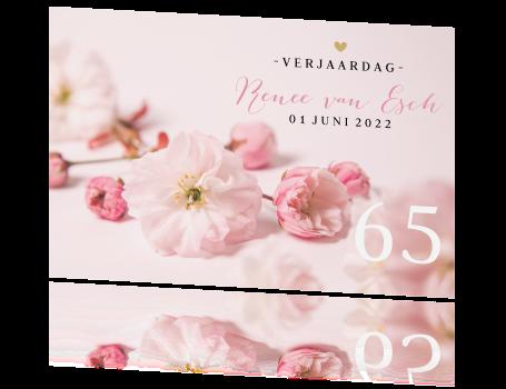 Stijlvolle Verjaardagsuitnodiging 65 Jaar Met Bloemen